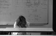 LE TOUR D'HORIZON du 21 avril 2016: l'embauche des décrocheurs, la violence à l'école, Karla Homolka, Jeff Fillion, C-14, le pot & ECR