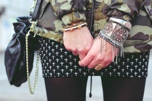 Croix sur la jupe