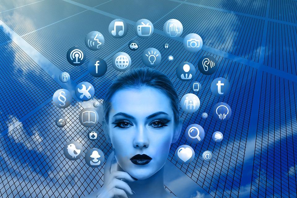 Les médias sociaux et la dissociation de la pensée unique