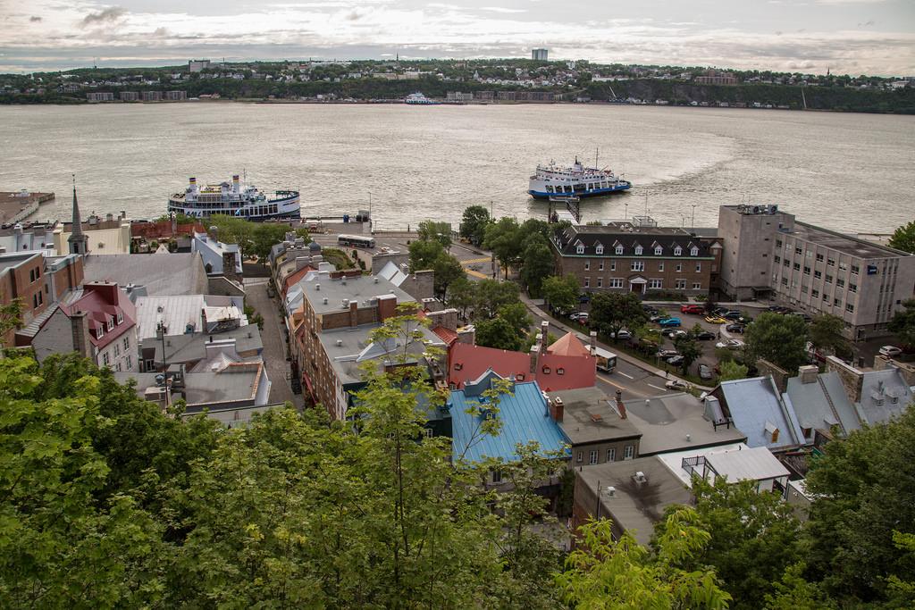 Les identitaires et le déclin de la  fierté québécoise
