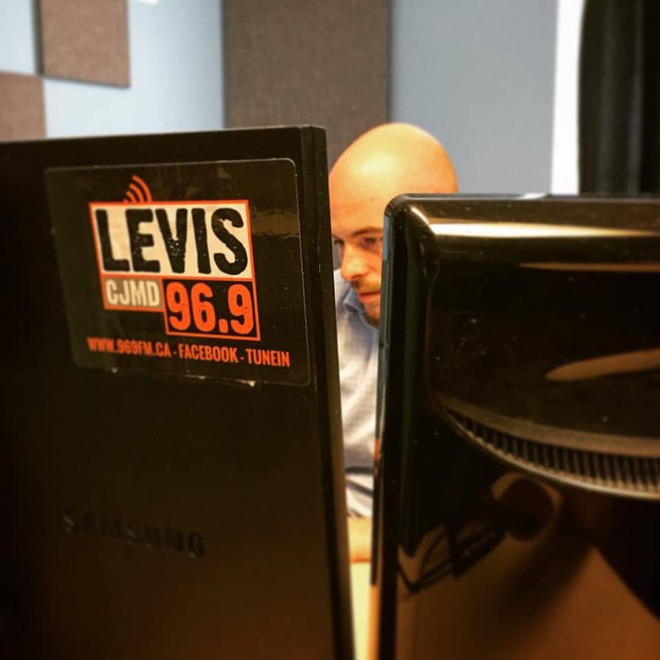 Éric dévoile les sujets qu'il traitera sur les ondes du 96.9 FM \ Lévis: le lundi 5 mars 2018