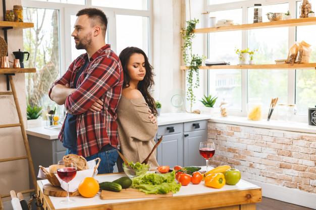 https://image.freepik.com/free-photo/couple-having-quarrel-man-woman-are-scolding-while-standing-kitchen_255757-376.jpg