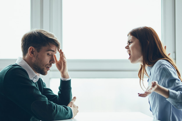 https://image.freepik.com/free-photo/man-woman-are-sitting-table-talking-quarreling-with-each-other-real-quarrel-household-issues_163305-4473.jpg