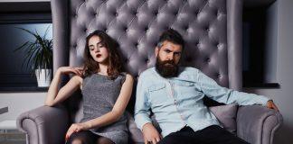 https://image.freepik.com/photos-gratuite/jeune-couple-mode-ayant-problemes-entre-eux_351572-138.jpg