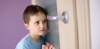 https://image.shutterstock.com/image-photo/sad-frightened-child-listening-parent-600w-367720193.jpg