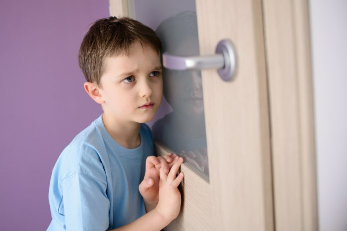 https://image.shutterstock.com/image-photo/sad-frightened-child-listening-parent-600w-367720193.jpg