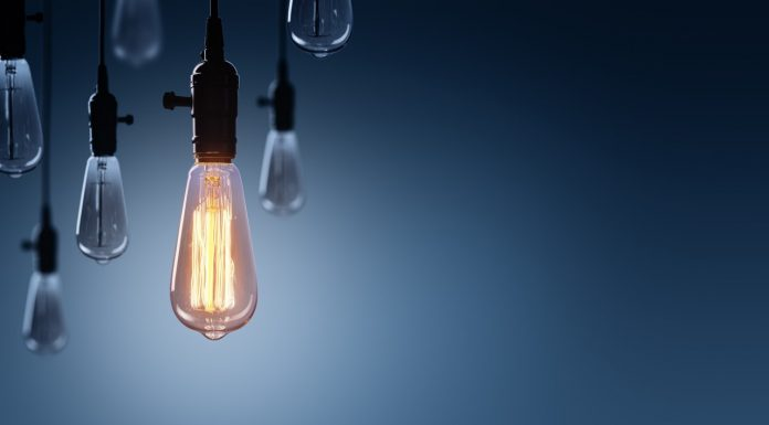 https://image.shutterstock.com/image-photo/innovation-leadership-concept-glowing-bulb-600w-649122943.jpg